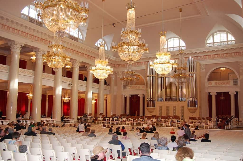 Saint_Petersburg_Philharmonia_-_Bolshoi_Zal
